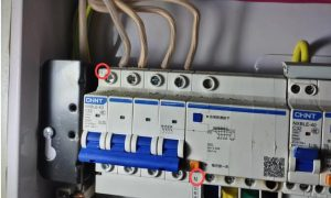 三相四线漏电保护器怎么接线图解_三相四线漏电保护器接线图插图